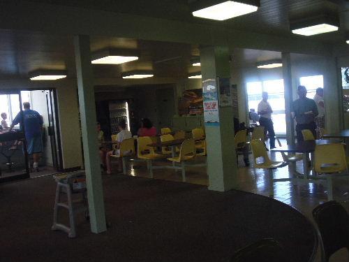 船の待合室