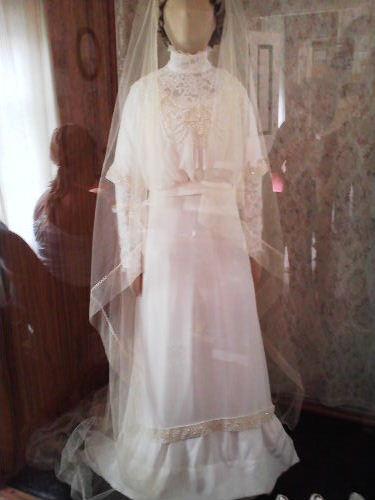 モンゴメリのウエディングドレス